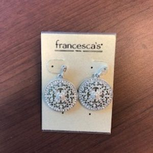 ❗️SALE❗️Francesca's Dangling Earrings